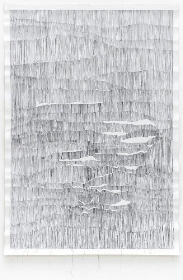 Gesa Lange, Sutur 2, 2021, Garn auf Leinwand, 151 x 105 cm